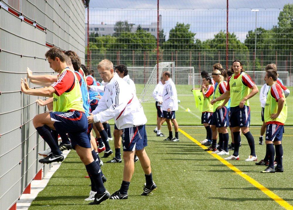 Kursi për përgatitës atletik, Federata e Futbollit, tregon lektorët