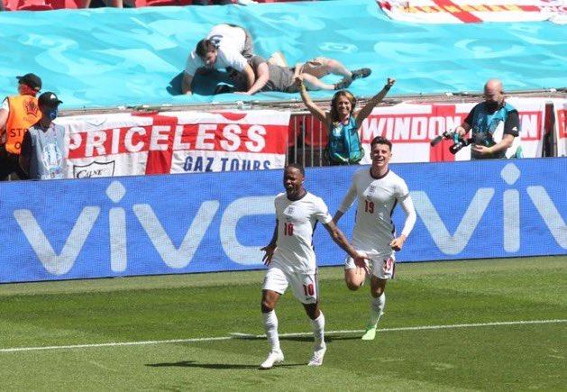 Anglia fiton me Kroacinë